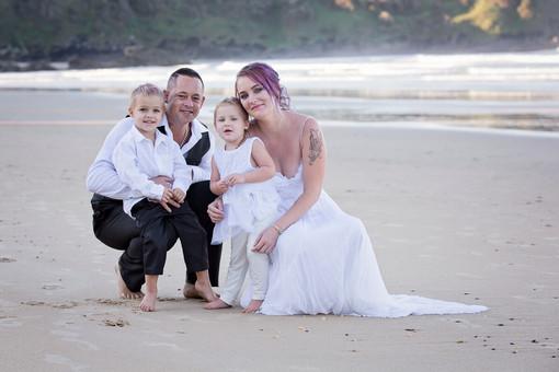 coffs-harbour-wedding-photographer-diggers-beach-sunset-013.jpg