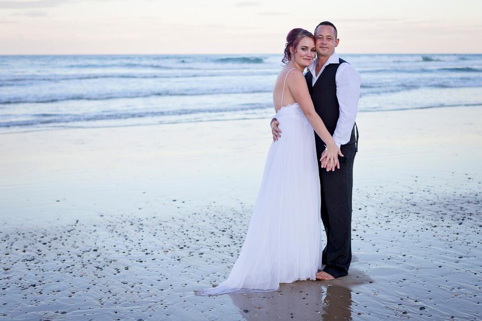 coffs-harbour-wedding-photographer-diggers-beach-sunset-045.jpg
