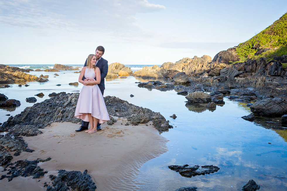 coffs-harbour-wedding-photographer-engagement-session-sawtell-beach-009.jpg