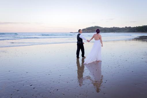 coffs-harbour-wedding-photographer-diggers-beach-sunset-052.jpg
