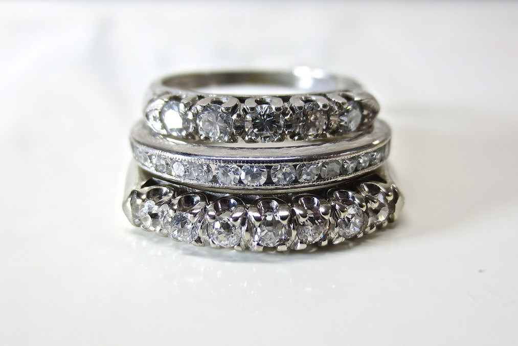 diamond-2186840_1920.jpg