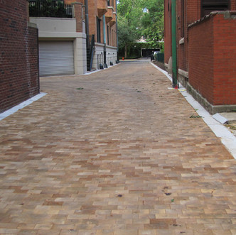 CHICAGO WOOD PAVER ALLEY