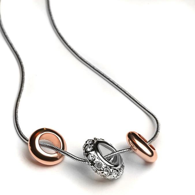 jewelry-2255623_1280.jpg