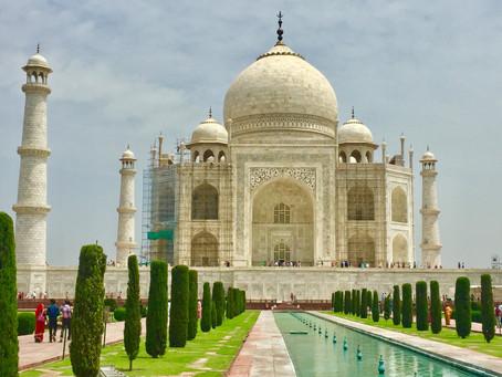 Traveling to the Taj Mahal