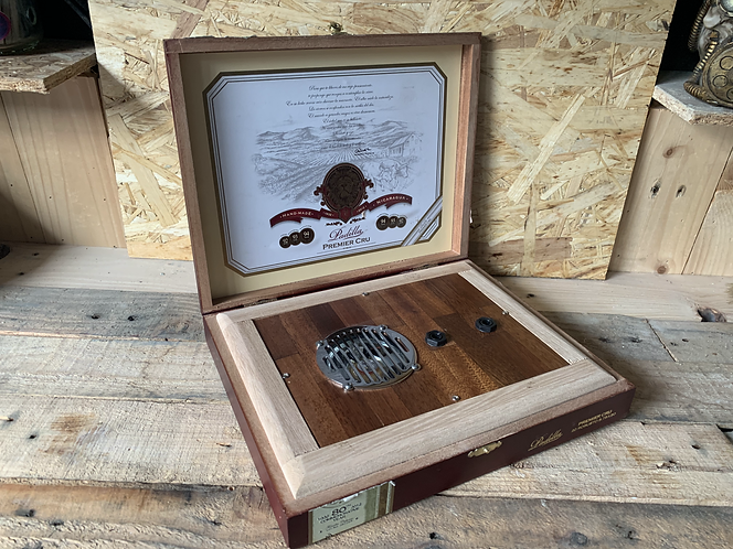 Flor De Tabaco Cigar box amp (Original)