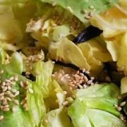 キャベツと塩昆布サラダ