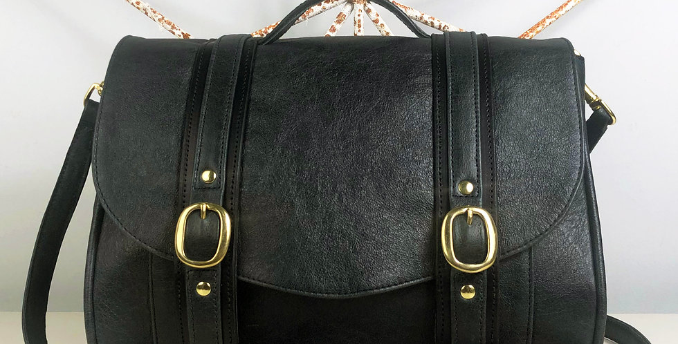 Black leather bag UK