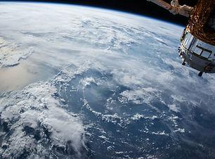 Au-dessus de la Terre