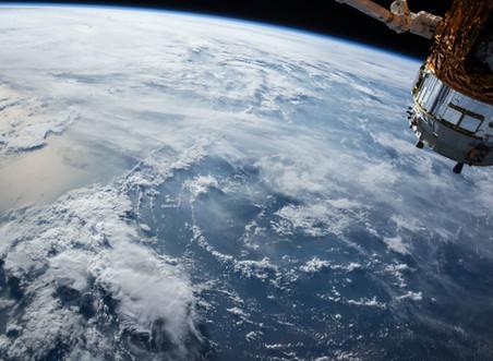 「人間中心主義」VS「地球中心主義」は対立構造にあるのか?