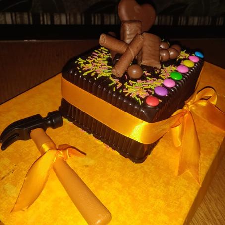Pinata Hammer Cake| Sonu Sethia