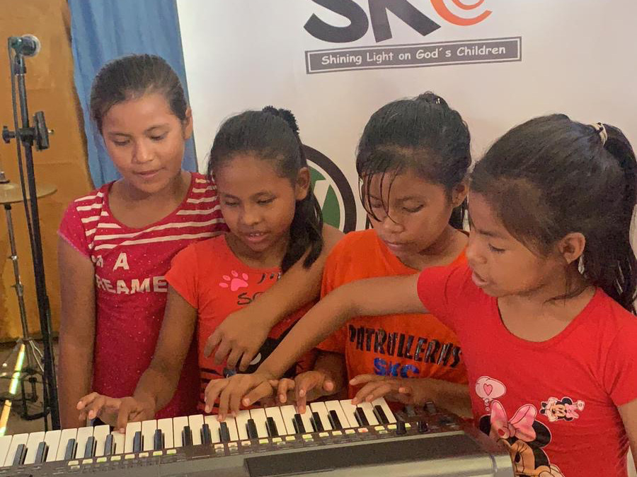 iquitos_orphan_kids_46