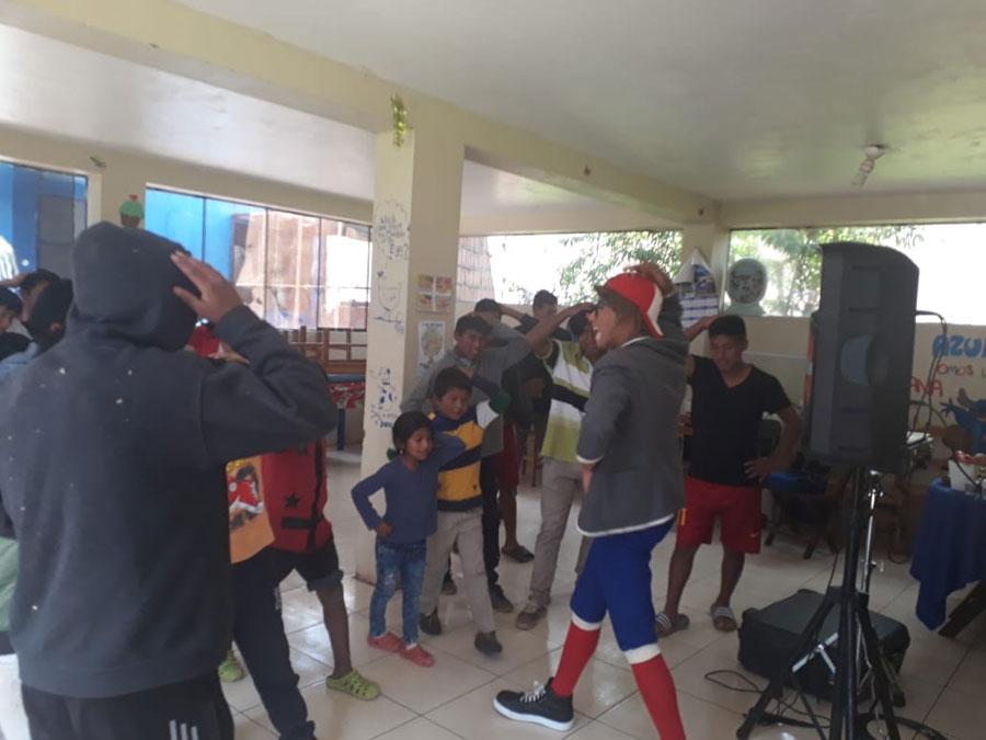 cusco_orphan_kids_02