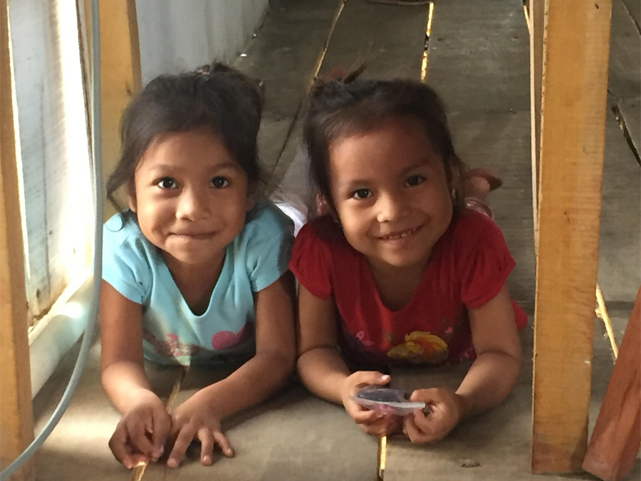 iquitos_orphan_kids_10