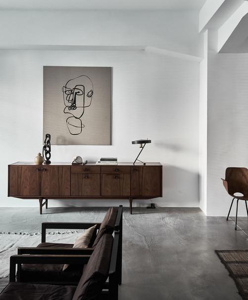 INTERJERO APŽVALGA • interjeras, kuriame pagrindinis vaidmuo tenka detalėms