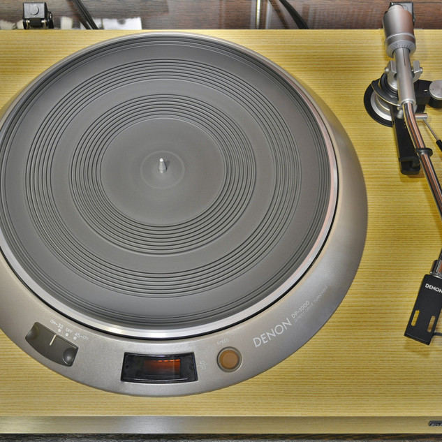Denon DP-1700-3.jpg