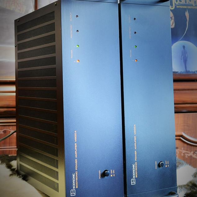 Bodysonic M200A-2.jpg