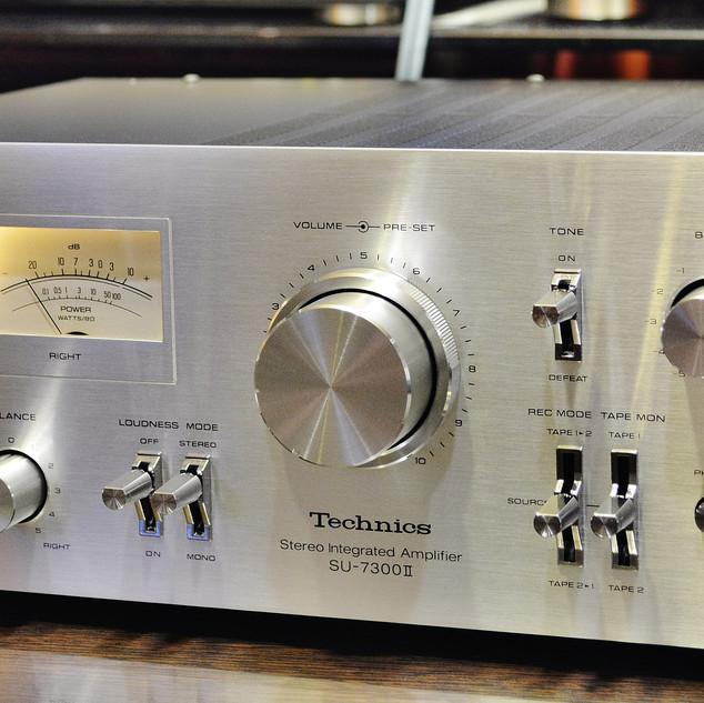 Technics SU-7300 II-2.jpg