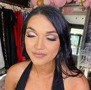 nude cut crease glam makeup glitter.jpeg