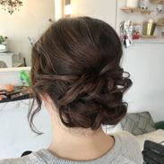 beautiful curly bun formal hairstyle.hei