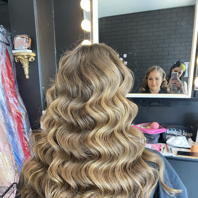 long hollywood waves classic fornal hair