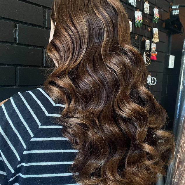 beautiful hollywood waves formal upstyle