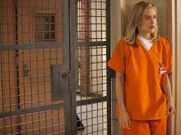 What kind of public apology would Piper in Orange is the New Black issue?