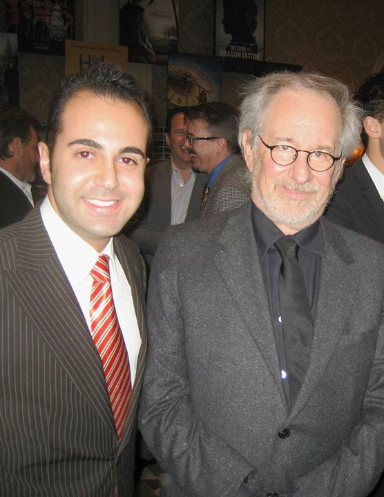 Facebook - Steven Spielberg business con