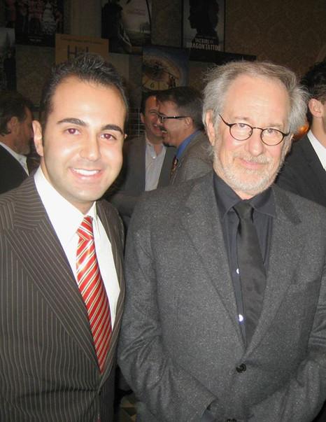 Facebook - Steven Spielberg business con