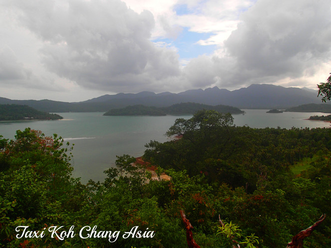 Salak Phet Bay View from road to Long Beach
