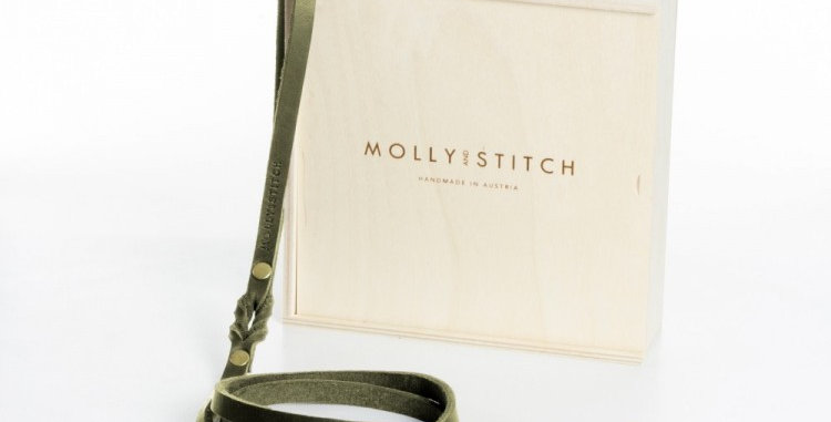 Molly and Stitch butter quality leather dog lead in olive green