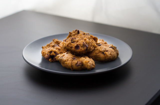 Easy Delicious Pumpkin chocolate chip cookies, the perfect fall treat