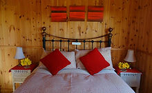Double-Bed - The Cosy Cabin