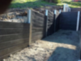 retaining wall plain sleepers