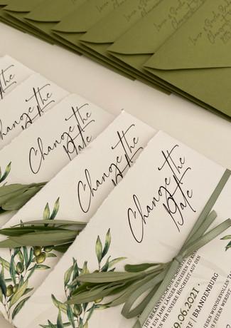 Change the Date Olive mit Kuvert Grün