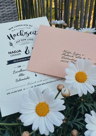 Hochzeitseinladung im Landhaus-Stil mit Antwortkarte
