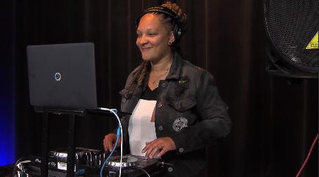 DJ Lady Ly