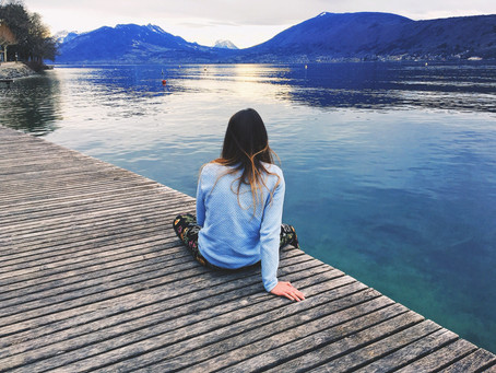 Is traveling lonely?
