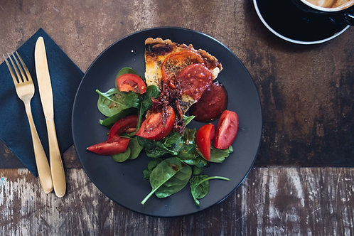 Tarte pissaladière (Oignon, Anchois frais, Olives noires)