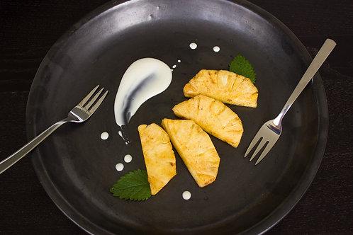 Ananas rôti au miel et thym