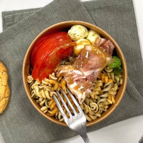 Fraich'Bol italien (Pâtes, mozzarella, speck, tomates, basilic)