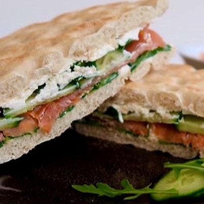 Sandwich suédois au saumon