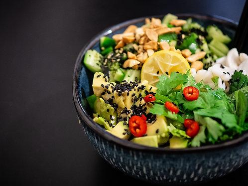 Poke Bowl Océane ( riz, thon, tomates, mais, sardines marinées)