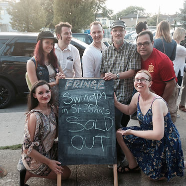 Sold out sign HTI with cast