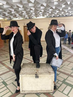 ПРИКЛЮЧЕНЧЕСКИЙ КВЕСТ С АГЕНТАМИ 01 И 02