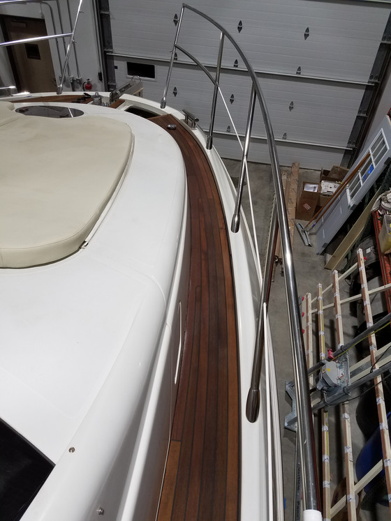43 Azimut Teak Refinishing
