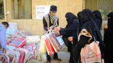 More blankets delivered in Sana'a  by Mona Relief