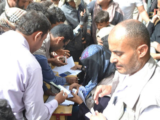 Monareliefye.org distributes 100 food aid baskets in Sana'a