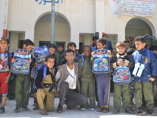 100 students in Sana'a receive school bags from Mona Relief Yemen