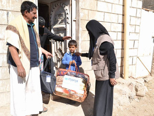Mona Relief launches its humanitarian program for 2017 in Yemen by distributing blankets and dignity