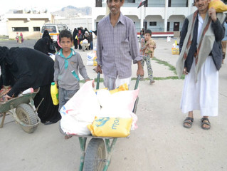 Monareliefye.org continues for the 5th day delivering Ramadan food aid rations in Sana'a